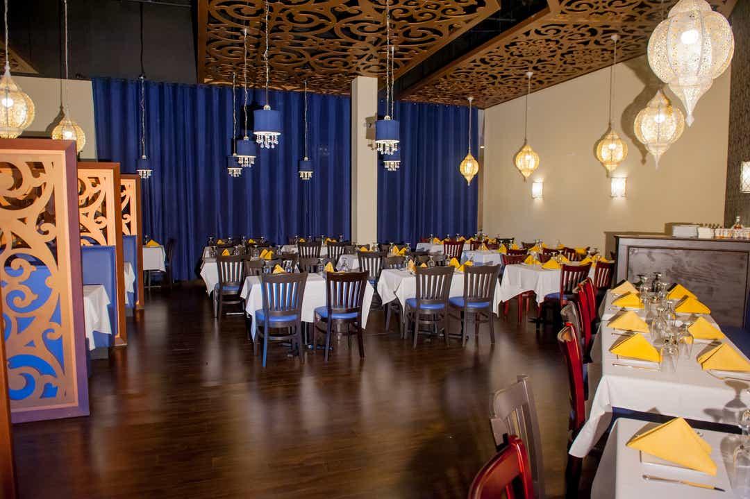 Pasha propose une cuisine libanaise à côté de Smokers 'Lounge Cloud9 By Pasha 3