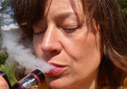 Moyen-Orient et Afrique Arrêt du tabagisme et réduction de la nicotine Analyse de marché 2020, rapport de l'industrie, taille, analyse de croissance, perspectives commerciales, tendances, demande, fusion, principaux acteurs, ventes